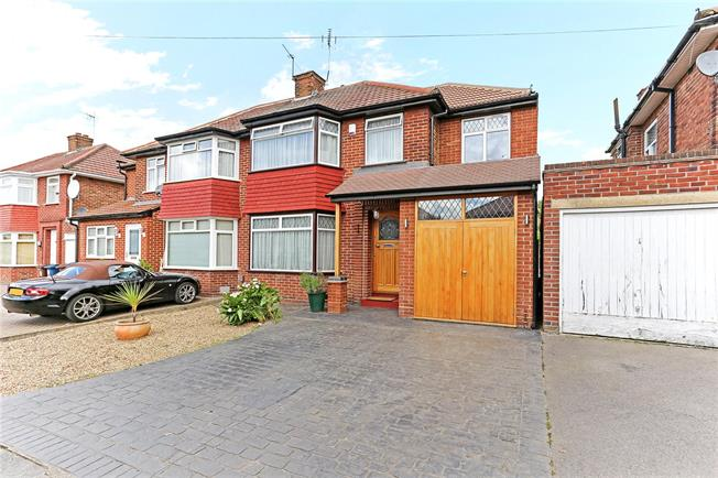 Asking Price £725,000, 4 Bedroom Semi Detached House For Sale in Stanmore, HA7