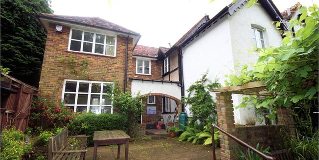 Asking Price £850,000, 3 Bedroom Semi Detached House For Sale in Stanmore, HA7