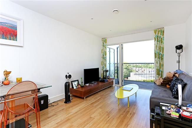 Offers in excess of £300,000, 1 Bedroom Flat For Sale in Harrow, HA1