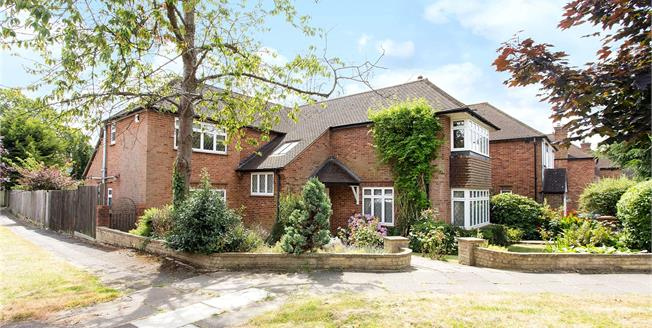 Asking Price £1,495,000, 5 Bedroom Detached House For Sale in Middlesex, HA7
