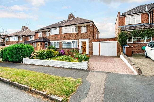 Asking Price £725,000, 3 Bedroom Semi Detached House For Sale in Stanmore, HA7