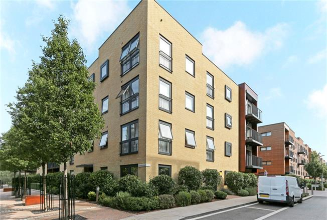 Asking Price £400,000, 1 Bedroom Flat For Sale in Stanmore, HA7