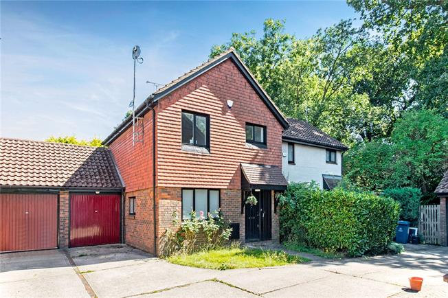 Asking Price £550,000, 3 Bedroom Semi Detached House For Sale in Stanmore, HA7