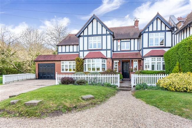 Asking Price £1,885,000, 5 Bedroom Semi Detached House For Sale in Middlesex, HA7