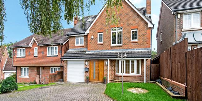 Asking Price £1,150,000, 5 Bedroom House For Sale in Watford, WD19