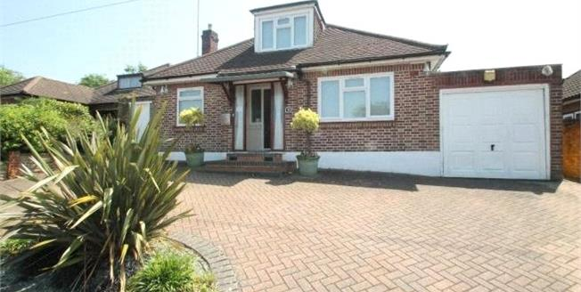 Asking Price £699,995, 3 Bedroom Bungalow For Sale in Bushey, WD23