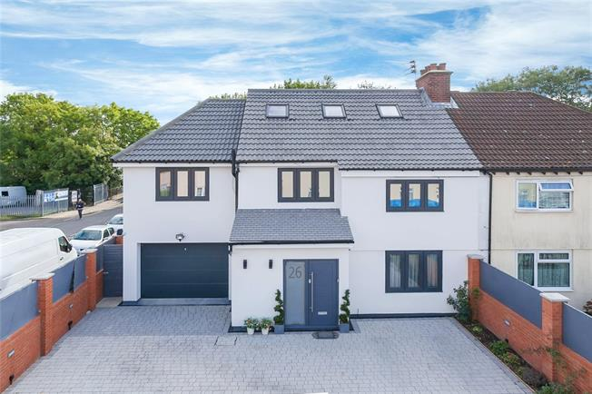 Asking Price £950,000, 6 Bedroom Semi Detached House For Sale in Edgware, HA8