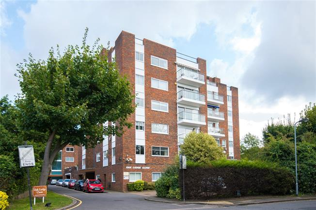 Asking Price £699,500, 2 Bedroom Flat For Sale in Stanmore, HA7