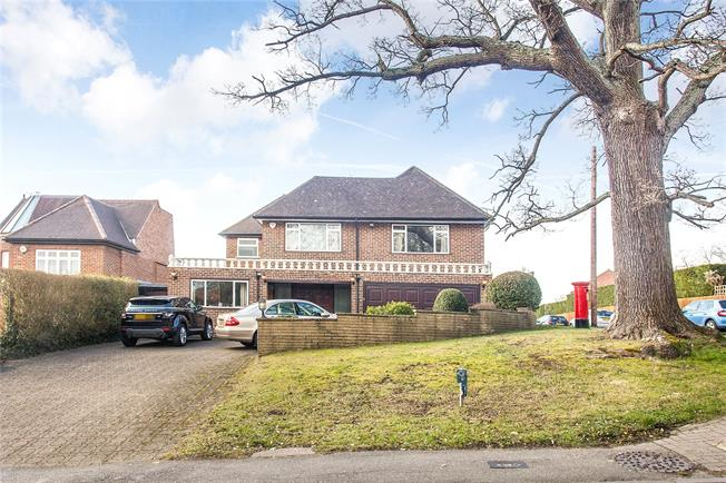 Asking Price £1,349,950, 4 Bedroom Detached House For Sale in Middlesex, HA7