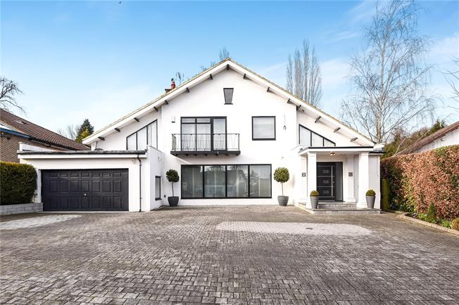 Asking Price £2,150,000, 4 Bedroom Detached House For Sale in Stanmore, HA7