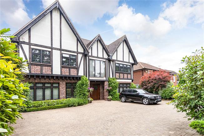 Asking Price £3,250,000, 6 Bedroom Detached House For Sale in Middlesex, HA8