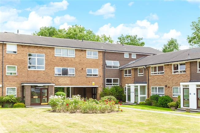 Asking Price £475,000, 2 Bedroom Flat For Sale in Stanmore, HA7