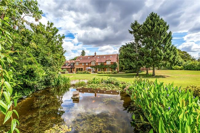Asking Price £4,000,000, 9 Bedroom Detached House For Sale in Aldenham, WD25