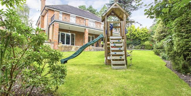 Asking Price £1,795,000, 5 Bedroom Detached House For Sale in Middlesex, HA7