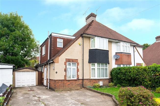 Asking Price £750,000, 3 Bedroom Semi Detached House For Sale in London, NW7