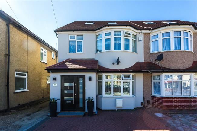 Asking Price £675,000, 4 Bedroom Semi Detached House For Sale in Edgware, HA8