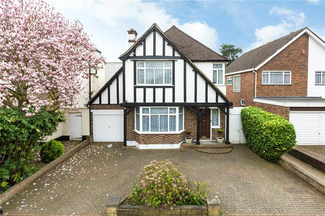 Asking Price £865,000, 3 Bedroom Detached House For Sale in Stanmore, HA7