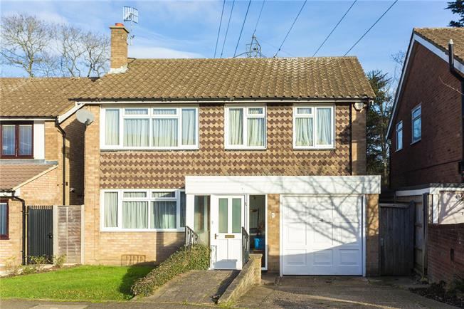 Asking Price £595,000, 4 Bedroom Detached House For Sale in Bushey, WD23