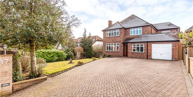 Asking Price £1,799,950, 5 Bedroom Detached House For Sale in Middlesex, HA7