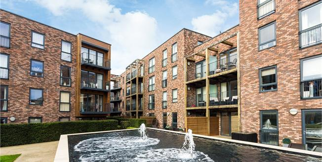 Asking Price £335,000, 1 Bedroom Flat For Sale in Stanmore, HA7