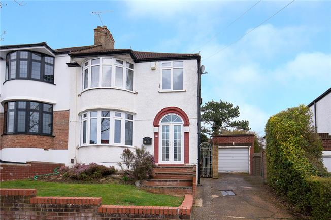 Asking Price £625,000, 3 Bedroom Semi Detached House For Sale in Stanmore, HA7