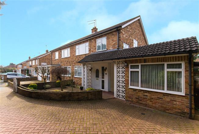 Asking Price £675,000, 3 Bedroom Semi Detached House For Sale in Stanmore, HA7
