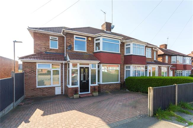 Asking Price £850,000, 4 Bedroom Semi Detached House For Sale in Stanmore, HA7