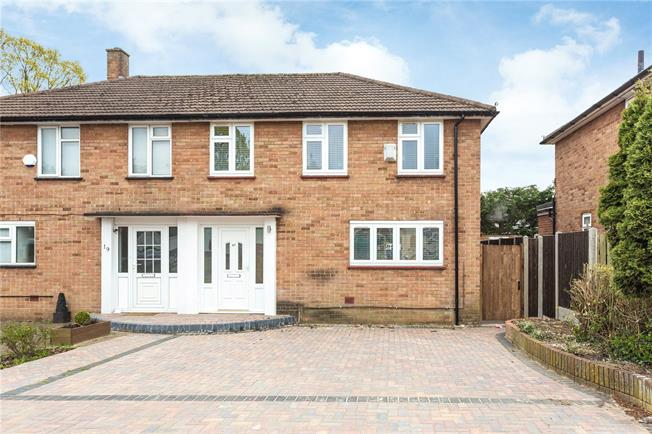Asking Price £550,000, 3 Bedroom Semi Detached House For Sale in Edgware, HA8
