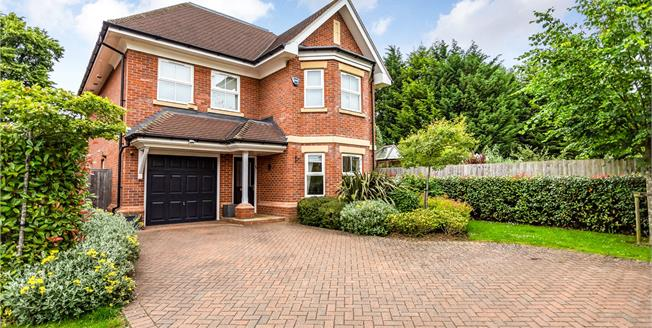 Asking Price £1,250,000, 6 Bedroom Detached House For Sale in Hertfordshire, WD23