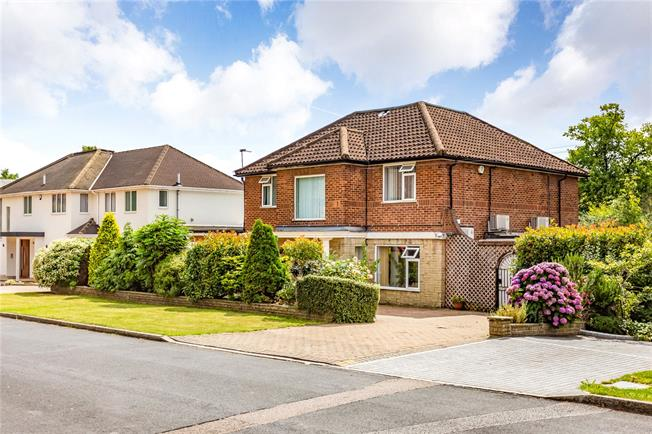 Offers in excess of £2,000,000, 4 Bedroom Detached House For Sale in Stanmore, HA7