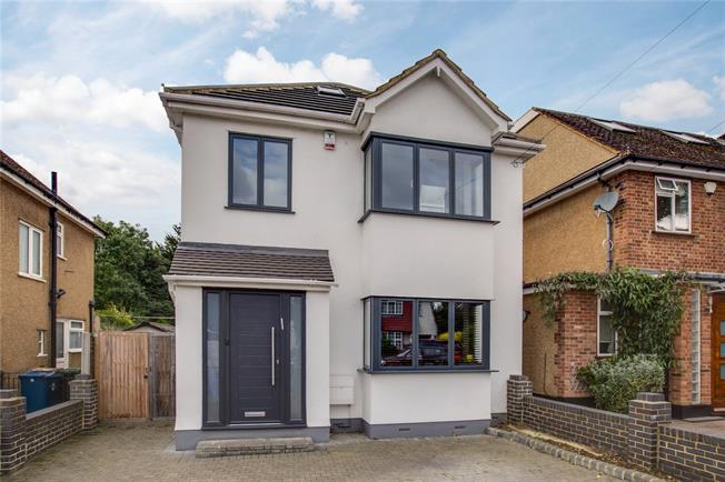 Asking Price £995,000, 5 Bedroom Detached House For Sale in Stanmore, HA7