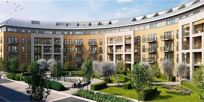 Offers in the region of £390,000, 2 Bedroom Flat For Sale in Stanmore, HA7