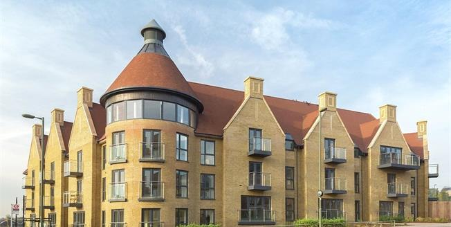 Asking Price £699,950, 1 Bedroom Flat For Sale in Mill Hill, London, NW7