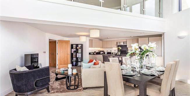Asking Price £849,950, 2 Bedroom Flat For Sale in Mill Hill, London, NW7