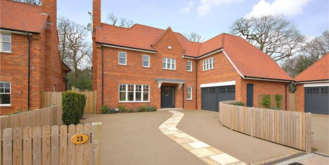 Asking Price £1,995,000, 5 Bedroom Detached House For Sale in Stanmore, HA7