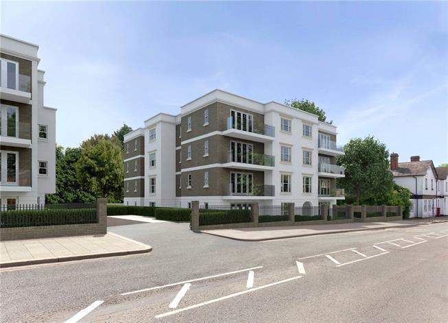 Asking Price £805,000, 2 Bedroom Flat For Sale in Bushey, WD23