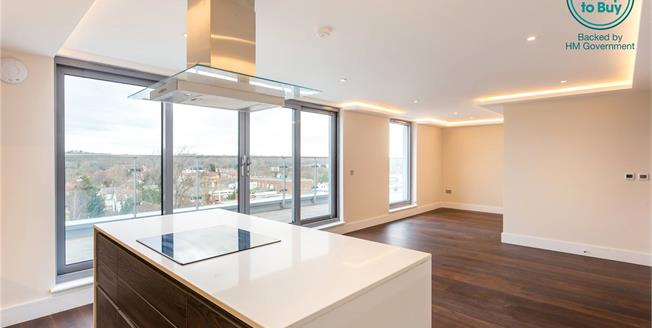 Asking Price £575,000, 2 Bedroom Flat For Sale in New Barnet, EN5