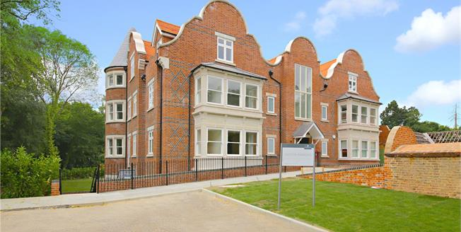 Price on Application, 2 Bedroom Flat For Sale in Harrow Weald, Middlesex, HA3