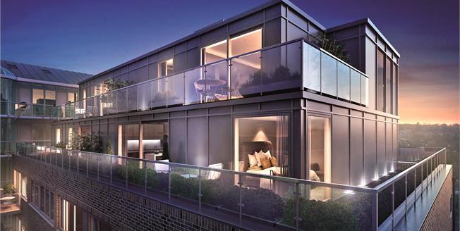 Asking Price £585,000, 2 Bedroom Flat For Sale in New Barnet, EN5