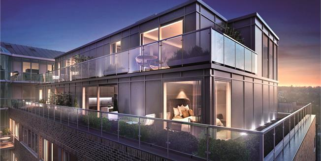 Asking Price £550,000, 2 Bedroom Flat For Sale in New Barnet, EN5