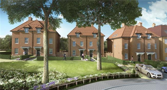Asking Price £999,999, 4 Bedroom Semi Detached House For Sale in Barnet, EN5