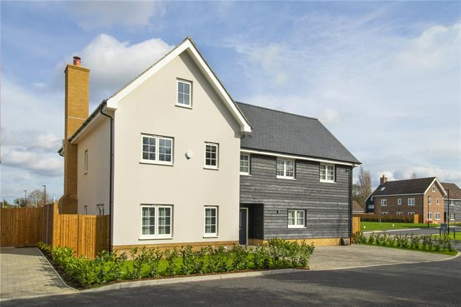 Asking Price £1,599,995, 5 Bedroom Detached House For Sale in Watford, Hertfordshire, WD25