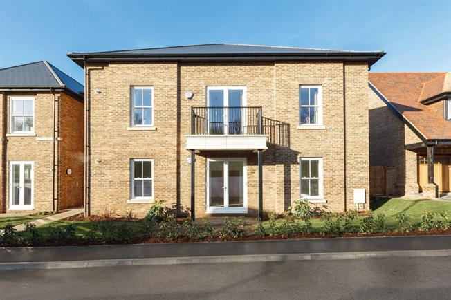 Asking Price £584,950, 2 Bedroom Flat For Sale in Hertfordshire, WD23