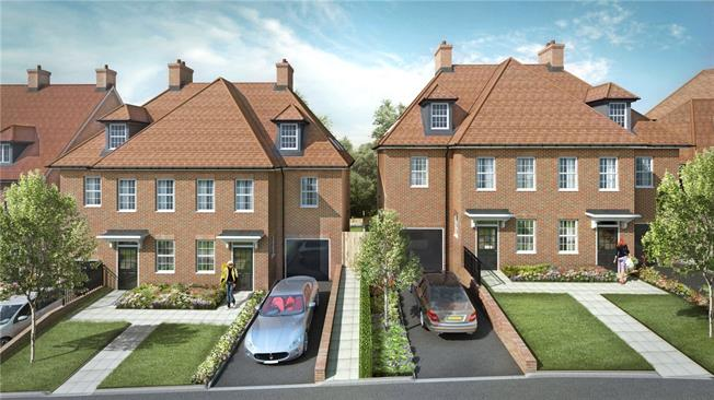 Asking Price £1,200,000, 4 Bedroom House For Sale in Arkley, EN5