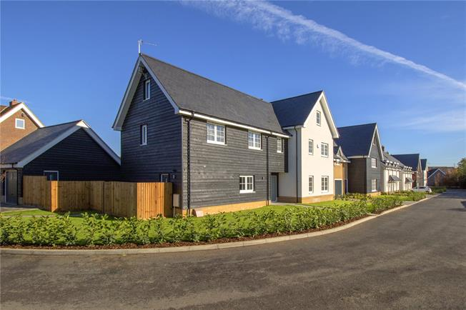 Asking Price £1,550,000, 5 Bedroom Detached House For Sale in Watford, Hertfordshire, WD25
