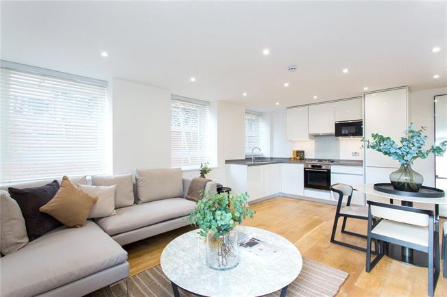 Asking Price £445,000, 2 Bedroom Flat For Sale in Stanmore, HA7