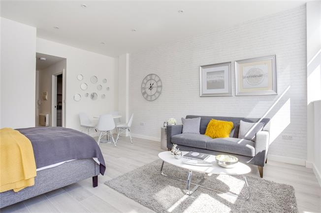 Asking Price £230,000, Flat For Sale in Harrow, Middlesex, HA2
