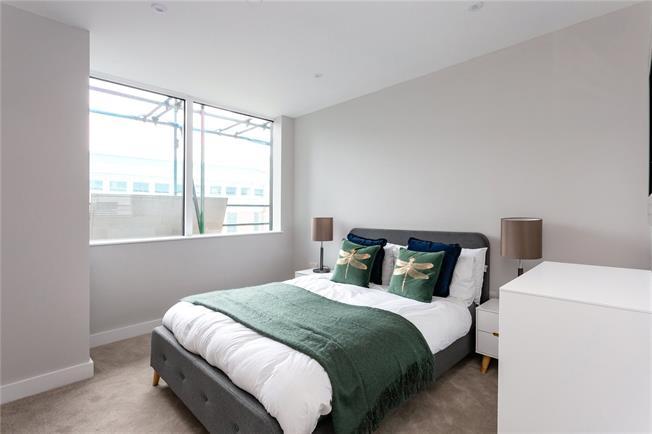 Asking Price £260,000, 1 Bedroom Flat For Sale in Harrow, HA1