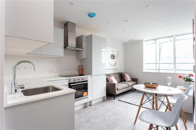 Asking Price £280,000, 1 Bedroom Flat For Sale in Harrow, HA1