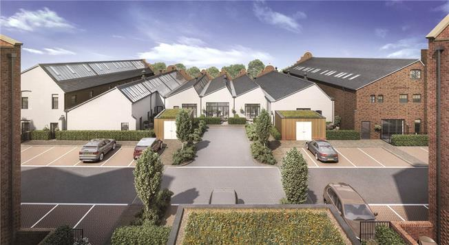 Asking Price £415,000, 2 Bedroom Flat For Sale in St Albans, Hertfordshire, AL1
